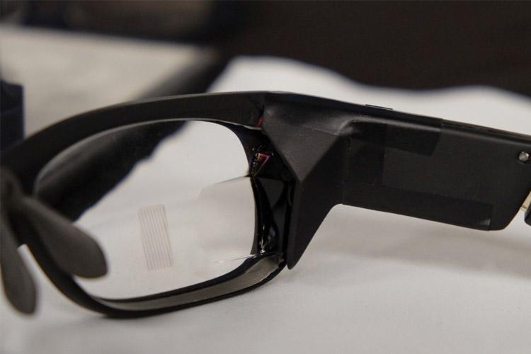 کارل زایس عینک هوشمند تولید میکند