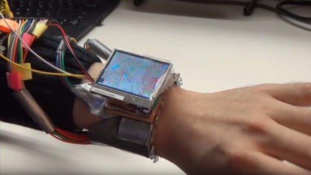 کنترل ساعت هوشمند با حرکت مچ!