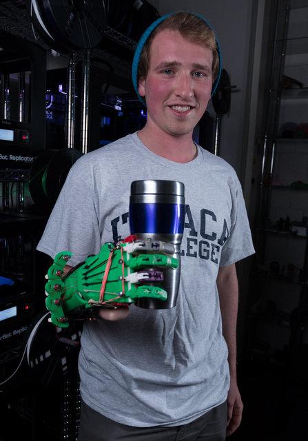 تولید دست مصنوعی 15 دلاری!