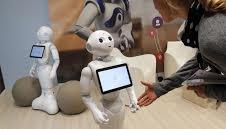 بهرهگیری از رباتها در داروخانههای امارات